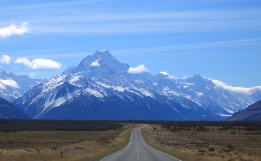 Mt COok road_to_mount_cook_new_zealand.jpg